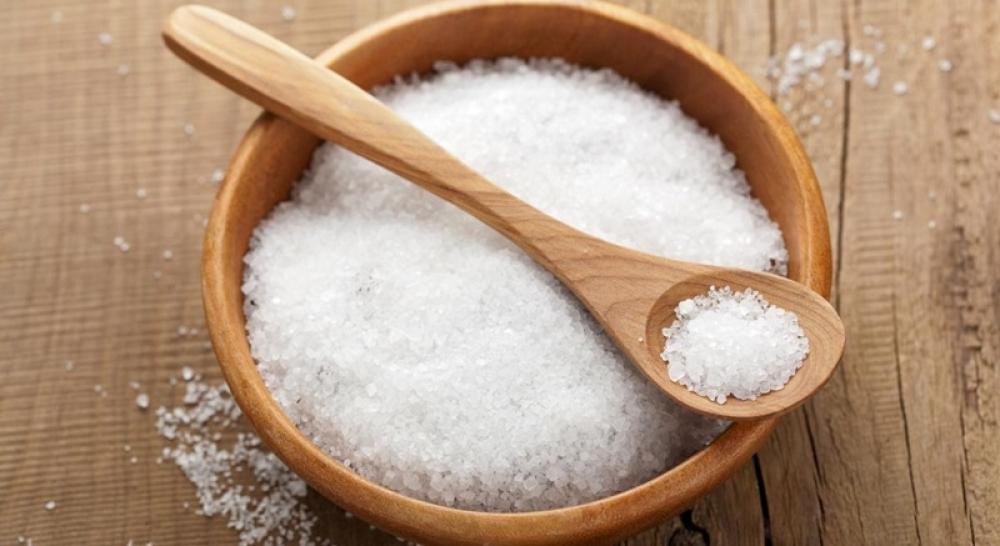 Dùng muối trắng khử mùi thâm